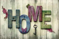 Home met vlinder en sleutel
