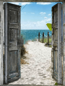 Strand met blauwe zee